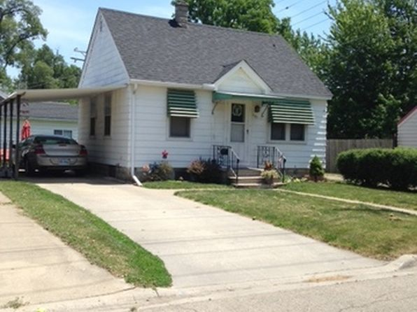 2 bed 1 bath Single Family at 1115 Spruce St Morris, IL, 60450 is for sale at 115k - google static map