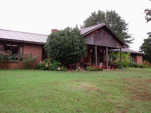 2 bed 2.5 bath Single Family at 40510 Al-17 Vernon, AL, 35592 is for sale at 120k - 1 of 11