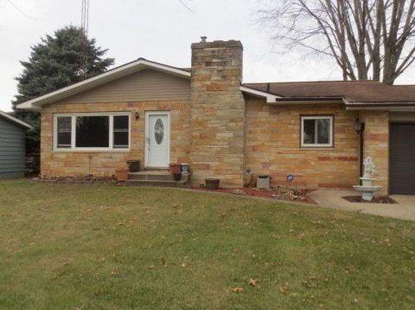 4 bed 2 bath Single Family at 361 Maple St Coloma, MI, 49038 is for sale at 165k - 1 of 41