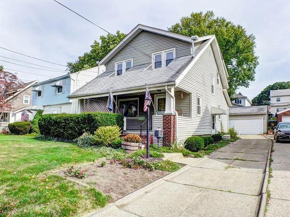 3 bed 2 bath Single Family at 1047 Oakland Ave Akron, OH, 44310 is for sale at 75k - 1 of 32