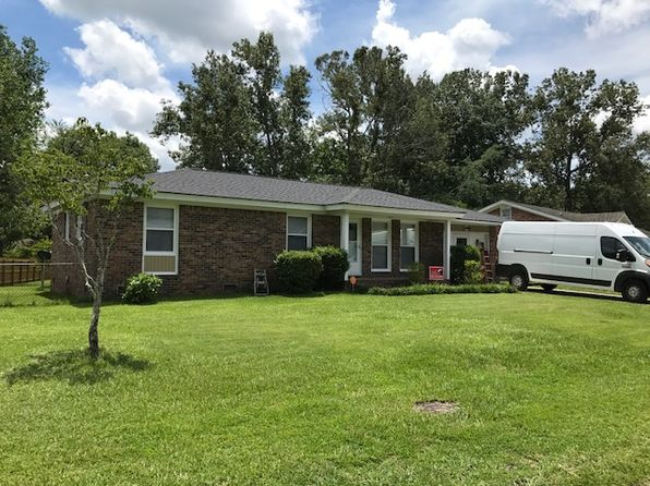 3 bed 2 bath Single Family at 331 Holly Ave Goose Creek, SC, 29445 is for sale at 170k - 1 of 22