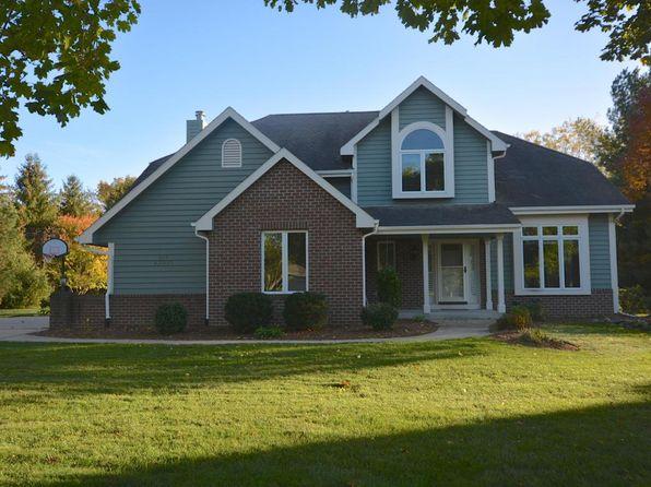 4 bed 4 bath Single Family at N57W33121 Cedar Bay Ct Nashotah, WI, 53058 is for sale at 400k - 1 of 25
