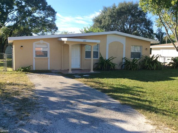 Houses For Rent In Cape Coral Fl 594 Homes Zillow