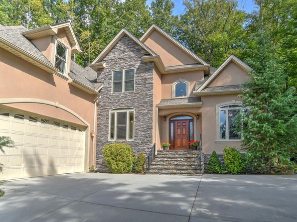 5 bed 3 bath Single Family at 107 Twin Courts Dr Weaverville, NC, 28787 is for sale at 575k - 1 of 38