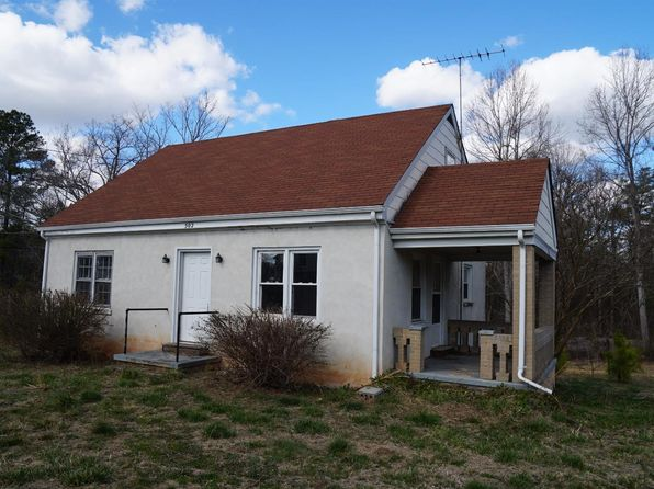 4 bed 1 bath Single Family at 502 Cook Ave Brookneal, VA, 24528 is for sale at 19k - 1 of 18