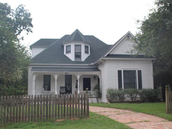 4 bed 4 bath Single Family at 201 S Main St Edgewood, TX, 75117 is for sale at 160k - 1 of 35
