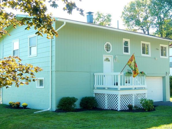 3 bed 2 bath Single Family at 56 Pleasant Ave Wallkill, NY, 12589 is for sale at 217k - 1 of 29