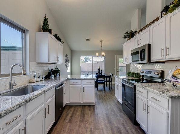 3 bed 2 bath Single Family at 551 N OVERLAND MESA, AZ, 85207 is for sale at 255k - 1 of 32