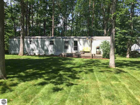 3 bed 1 bath Mobile / Manufactured at 627 Bates St Fife Lake, MI, 49633 is for sale at 45k - 1 of 50