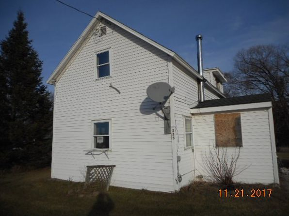 3 bed 1 bath Single Family at 335 River Rd Peru, NY, 12972 is for sale at 29k - 1 of 5