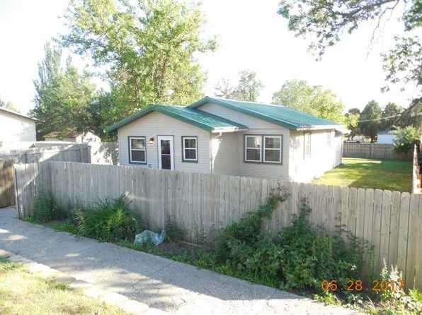 3 bed 1 bath Single Family at 1319 4th Ave Washburn, ND, 58577 is for sale at 90k - 1 of 10