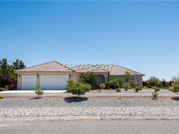 3 bed 3 bath Single Family at 3751 Ravine Ave Pahrump, NV, 89048 is for sale at 375k - 1 of 32