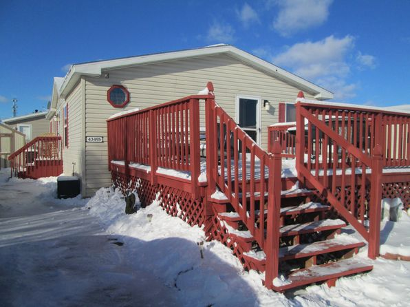 3 bed 2 bath Mobile / Manufactured at 43495 Park Dr W Clinton Twp, MI, 48036 is for sale at 32k - 1 of 4