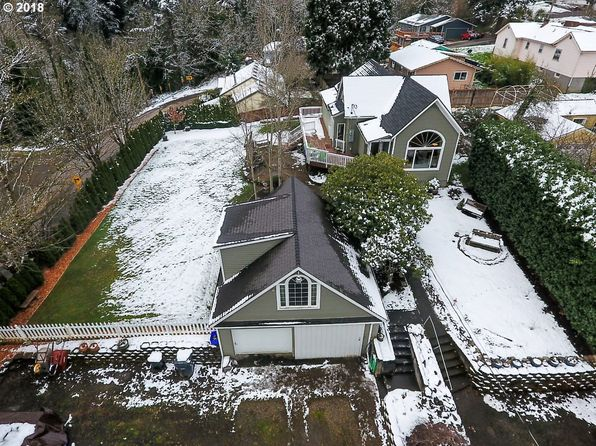 2 bed 1 bath Single Family at 536 Roosevelt St Oregon City, OR, 97045 is for sale at 325k - 1 of 26