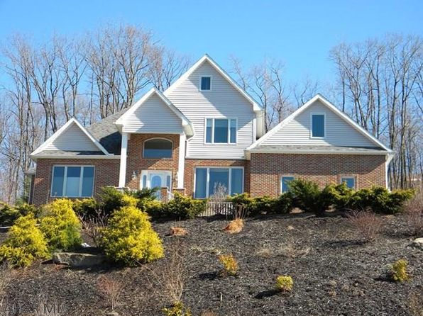 4 bed 3.5 bath Single Family at 113 Ivyside Estates Ln Altoona, PA, 16601 is for sale at 375k - 1 of 34