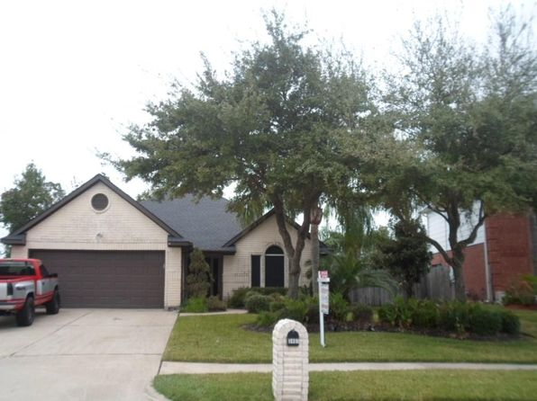 3 bed 2 bath Single Family at 3407 Bayou Forest Dr La Porte, TX, 77571 is for sale at 240k - 1 of 32