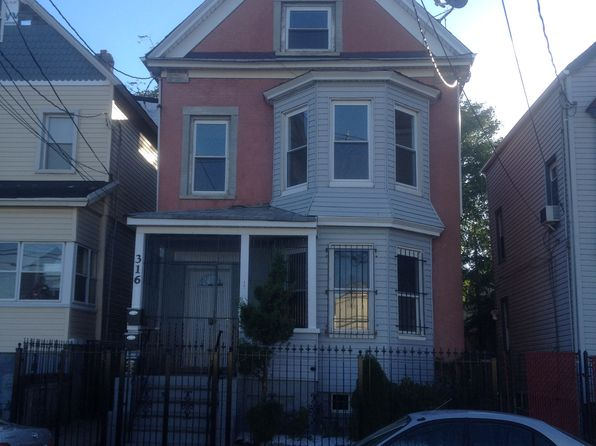 11 bed 4 bath Multi Family at 316 Pine St Elizabeth, NJ, 07206 is for sale at 499k - google static map