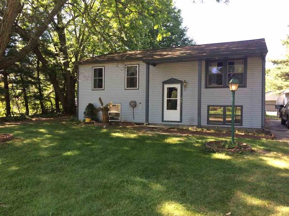 4 bed 2 bath Single Family at 12300 Avon St Granger, IN, 46530 is for sale at 160k - 1 of 21