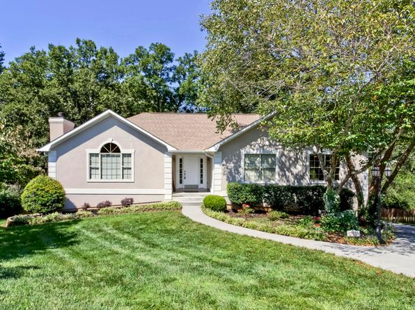 3 bed 3 bath Single Family at 8233 Elm Hill Cir Knoxville, TN, 37919 is for sale at 265k - 1 of 40