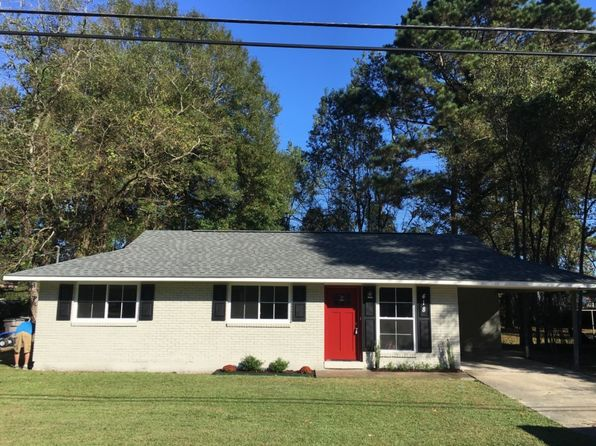 3 bed 2 bath Single Family at 418 Cypress Dr Baker, LA, 70714 is for sale at 122k - google static map