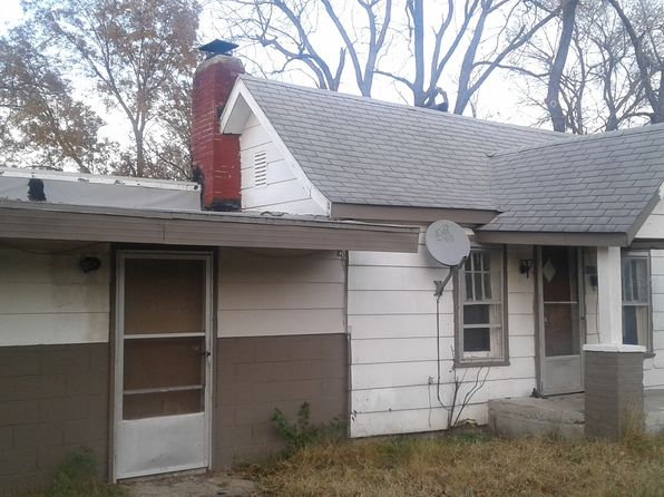 2 bed 1 bath Single Family at 1831 W Lynn St Springfield, MO, 65802 is for sale at 15k - 1 of 11