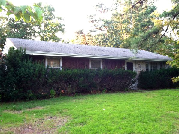 3 bed 1 bath Single Family at 310 Serrano Trl Browns Mills, NJ, 08015 is for sale at 117k - 1 of 2