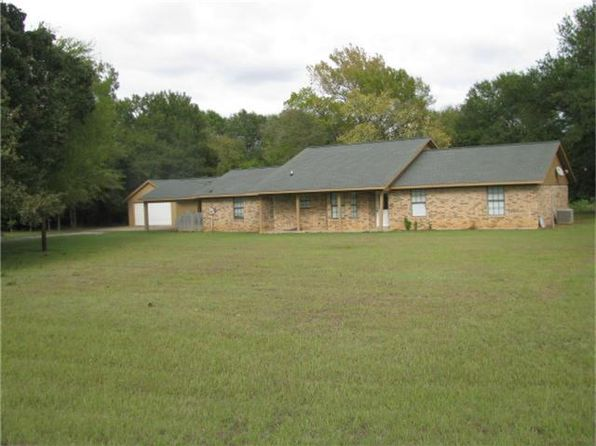 3 bed 2 bath Single Family at 100 Lcr Groesbeck, TX, 76642 is for sale at 179k - 1 of 11