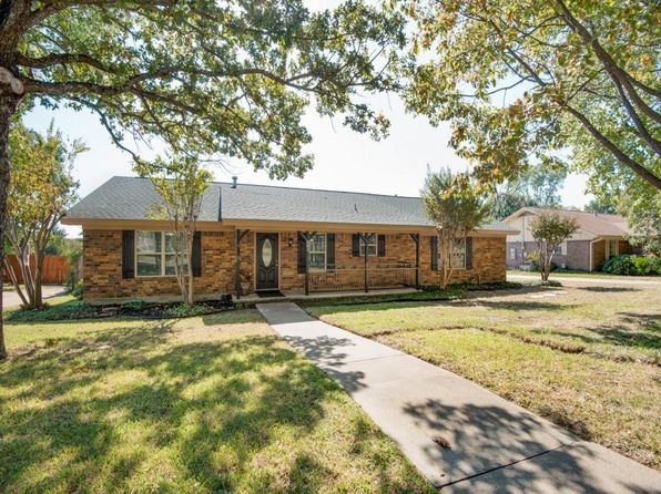 3 bed 2 bath Single Family at 301 Oak Valley Dr Colleyville, TX, 76034 is for sale at 400k - 1 of 25