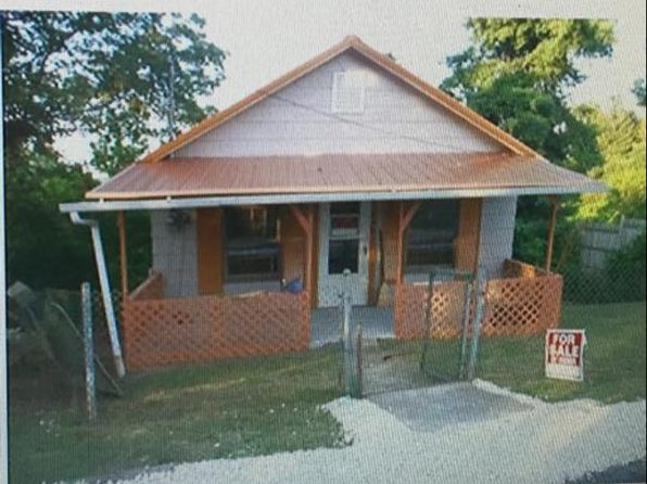 2 bed 1 bath Single Family at 206 Simmons St Spencer, WV, 25276 is for sale at 28k - 1 of 7
