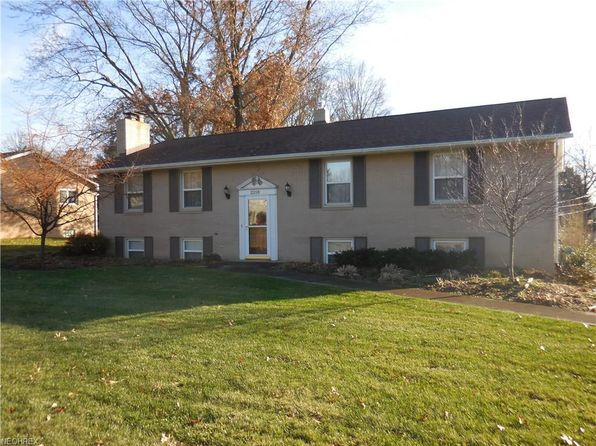 3 bed 3 bath Single Family at 2218 55th St NE Canton, OH, 44721 is for sale at 165k - 1 of 26