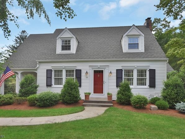 3 bed 2 bath Single Family at 58 Ridge Rd Little Falls, NJ, 07424 is for sale at 439k - 1 of 24