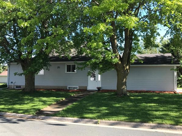 3 bed 1 bath Single Family at 116 1st Ave SW Grand Meadow, MN, 55936 is for sale at 95k - 1 of 19