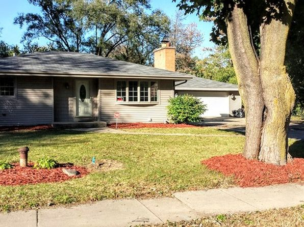 4 bed 2 bath Single Family at 23W670 Bryn Mawr Ave Roselle, IL, 60172 is for sale at 260k - 1 of 21