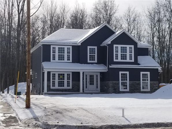 4 bed 3 bath Single Family at 5938 SHAMROCK CT HAMBURG, NY, 14075 is for sale at 365k - google static map