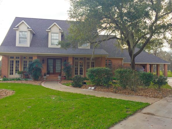 4 bed 4 bath Single Family at 54 Snap Dragon Ct Lake Jackson, TX, 77566 is for sale at 469k - 1 of 44