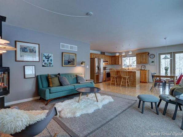 4 bed 2 bath Single Family at 9771 E Breen St Palmer, AK, 99645 is for sale at 265k - 1 of 27