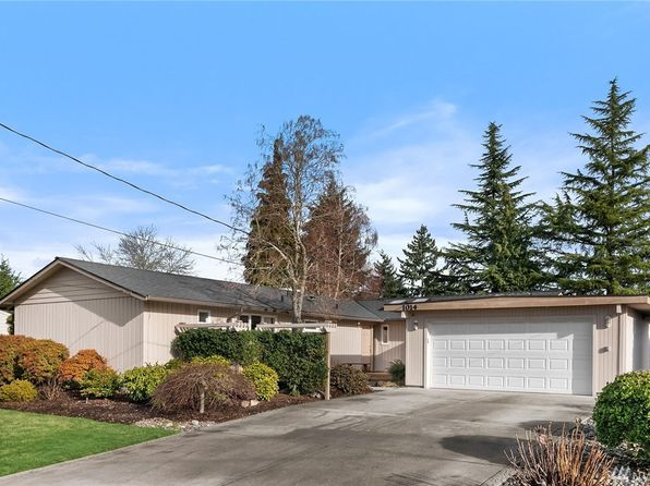 3 bed 1.75 bath Single Family at 1014 159th Pl SE Bellevue, WA, 98008 is for sale at 808k - 1 of 25