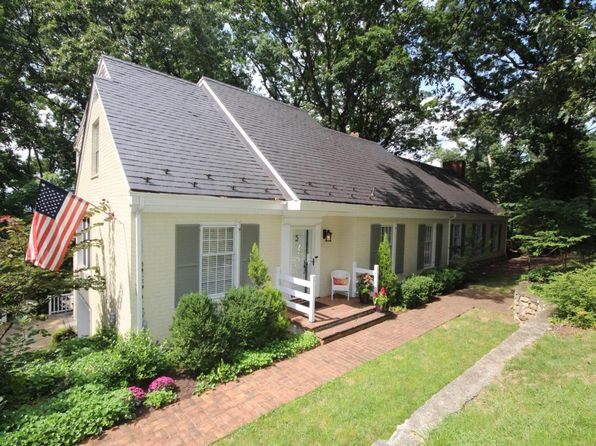 4 bed 4 bath Single Family at 2609 Robin Hood Rd SE Roanoke, VA, 24014 is for sale at 509k - 1 of 51