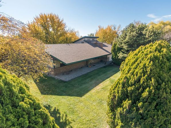 6 bed 4 bath Single Family at 1525 W Rush Rd Eagle, ID, 83616 is for sale at 450k - 1 of 19