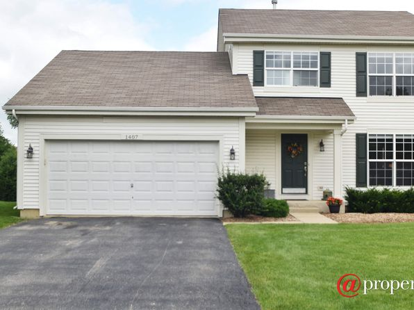 3 bed 3 bath Single Family at 1407 S Janice Ln Round Lake, IL, 60073 is for sale at 239k - 1 of 15