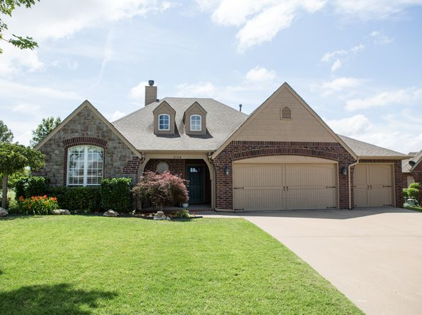 3 bed 2 bath Single Family at 3104 N Elm Pl Broken Arrow, OK, 74012 is for sale at 245k - 1 of 24