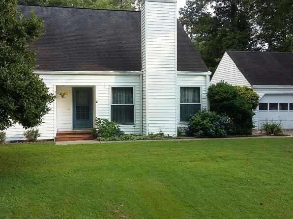 3 bed 3 bath Single Family at 227 Fallen Timber Rd Hendersonville, NC, 28791 is for sale at 239k - 1 of 39