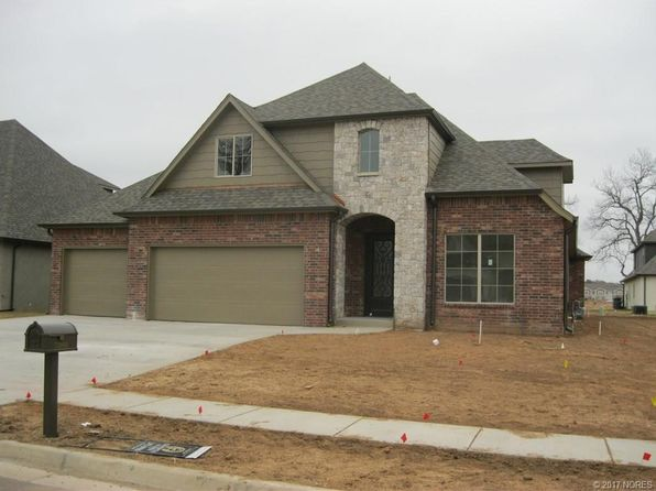 3 bed 2 bath Single Family at 7385 E 125th St S Bixby, OK, 74008 is for sale at 319k - 1 of 4