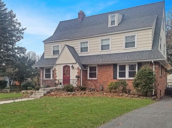 5 bed 4 bath Single Family at 172 Greenacre Ave Longmeadow, MA, 01106 is for sale at 390k - 1 of 30