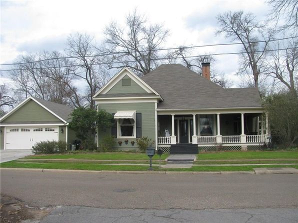 4 bed 3 bath Single Family at 400 W Myrtle St Winnsboro, TX, 75494 is for sale at 224k - 1 of 36