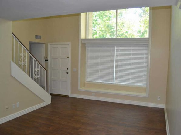 3 bed 2 bath Townhouse at 15136 Varsity St Moorpark, CA, 93021 is for sale at 420k - 1 of 19