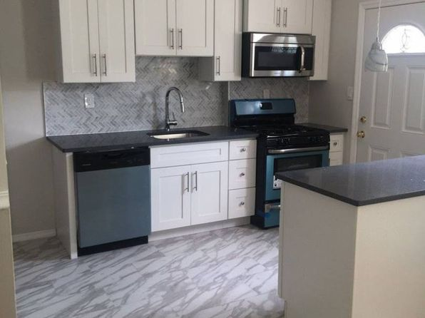 3 bed 2 bath Single Family at 248TH St Rosedale, NY, 11422 is for sale at 485k - 1 of 8