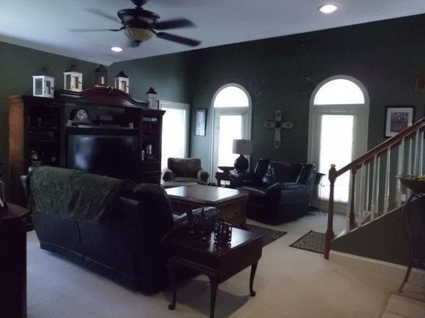3 bed 3 bath Single Family at 78 W Lake Rd Hattiesburg, MS, 39402 is for sale at 245k - 1 of 10