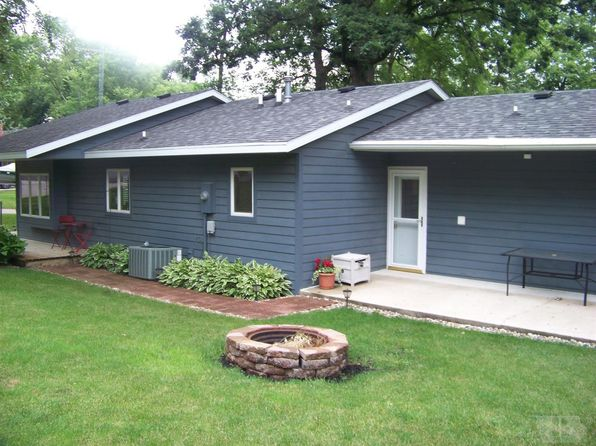3 bed 2 bath Single Family at 15063 HILL ST CLEAR LAKE, IA, 50428 is for sale at 240k - 1 of 13