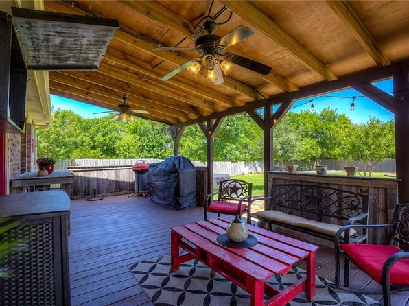 3 bed 2 bath Single Family at 102 Packer Dr Fate, TX, 75189 is for sale at 285k - 1 of 29